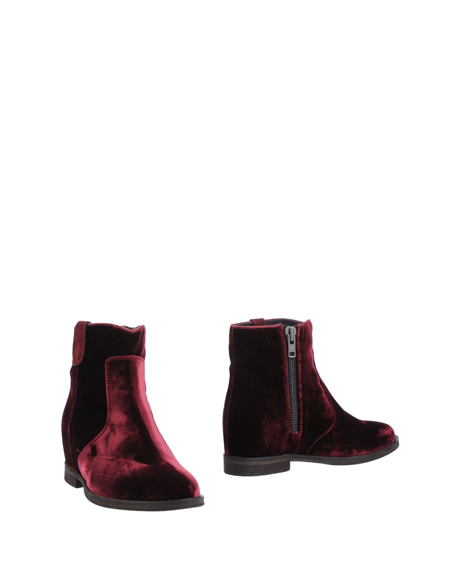 где купить  VIA ROMA 15 Полусапоги и высокие ботинки  по лучшей цене