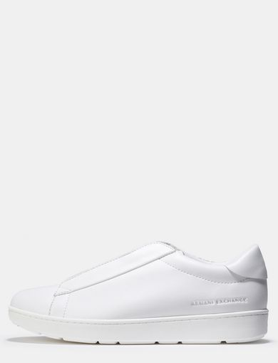 LACED-IN MINIMALIST SNEAKERS