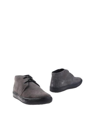 Полусапоги и высокие ботинки от LUMBERJACK