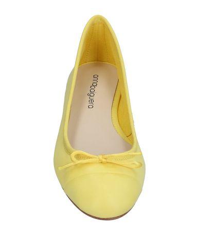 Фото 2 - Женские балетки  желтого цвета