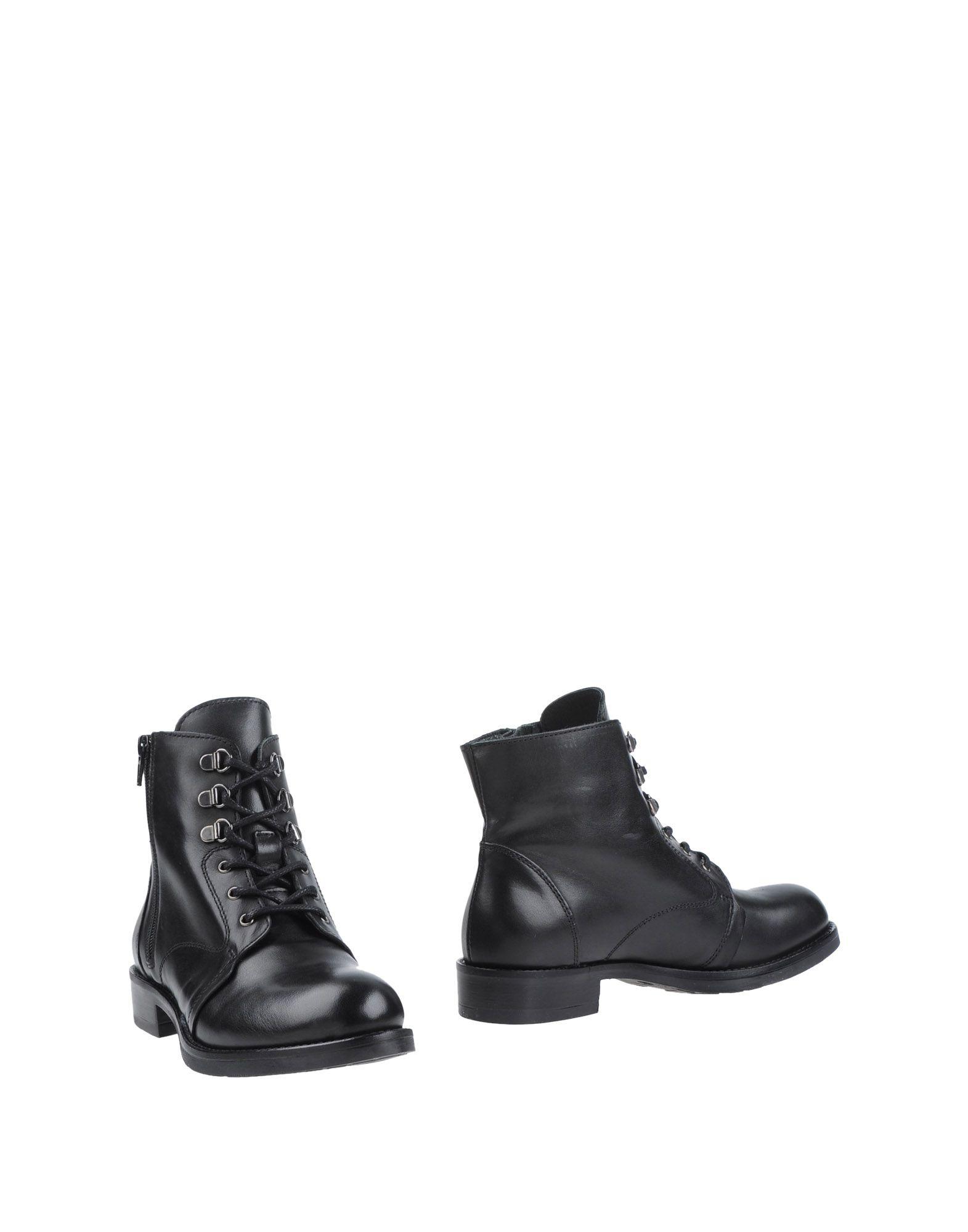 купить MALLY Полусапоги и высокие ботинки дешево