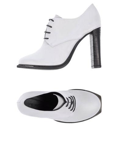 ? chaussures à lacets femme