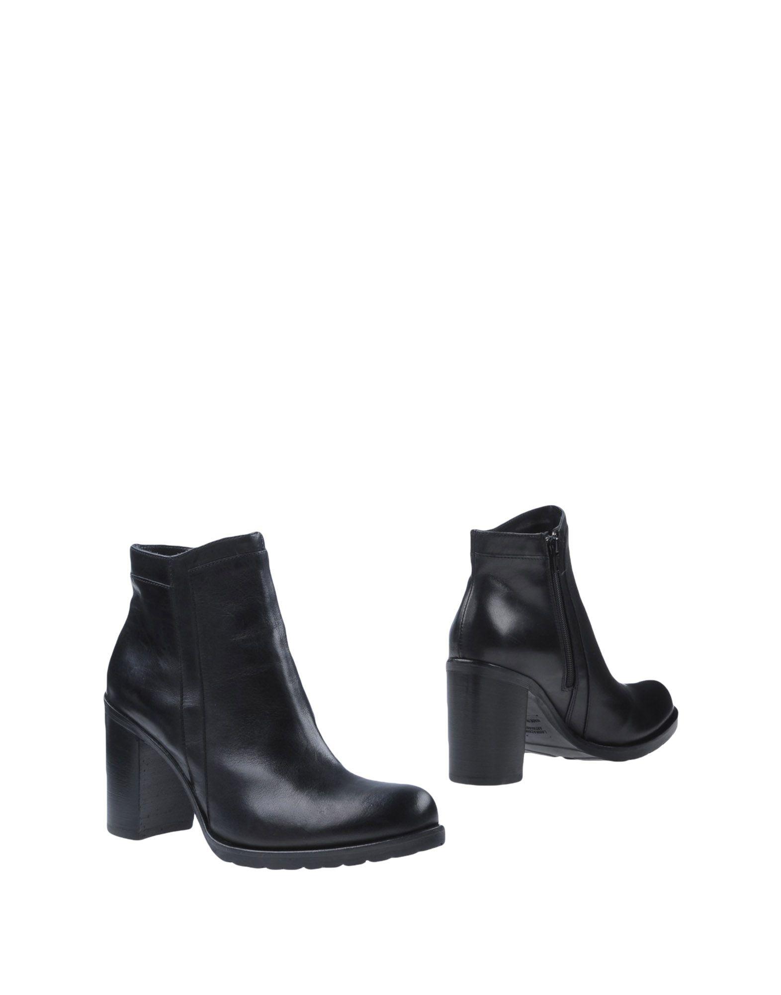 DONNA PIÙ Полусапоги и высокие ботинки donna più обувь на шнурках
