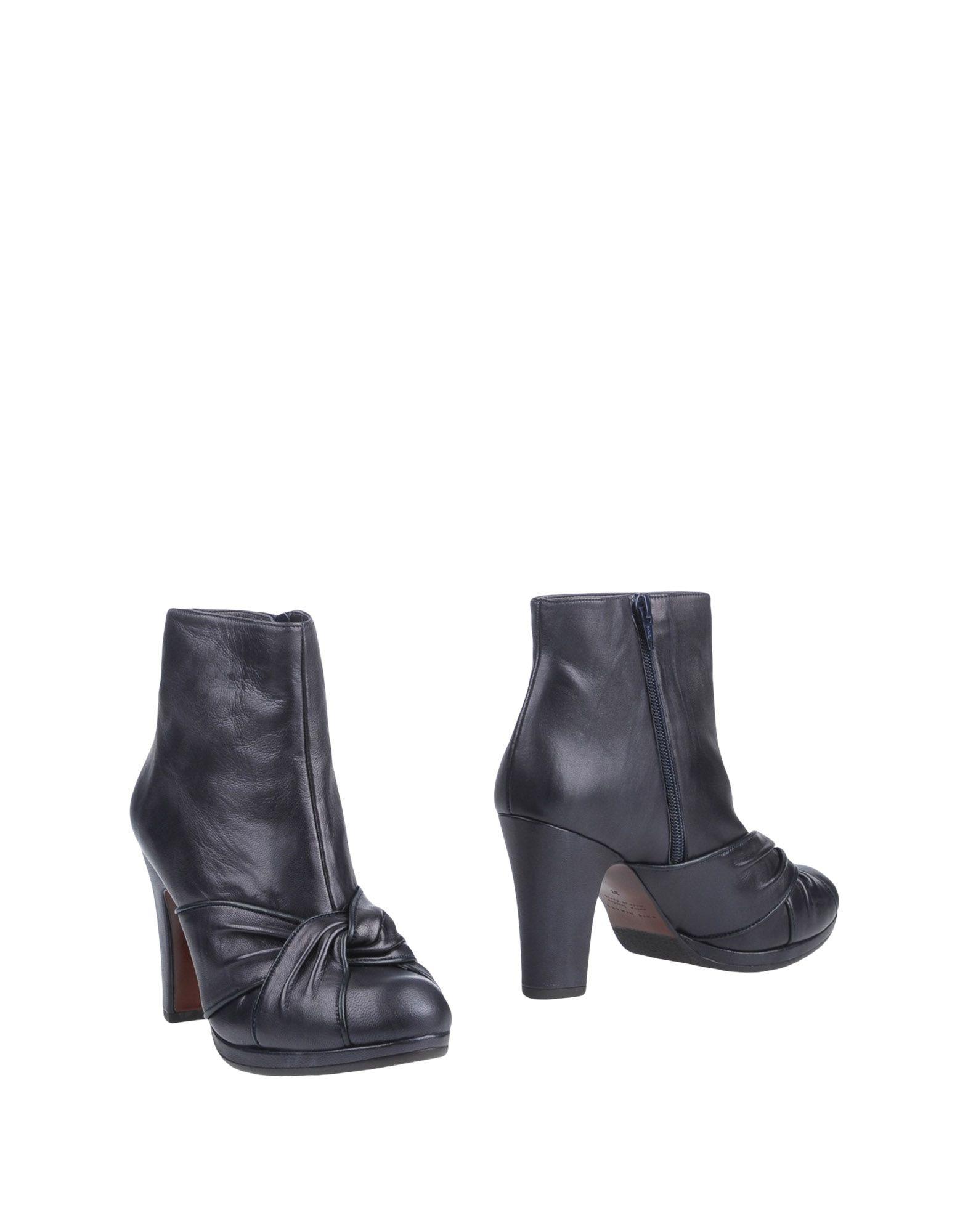 CHIE MIHARA Полусапоги и высокие ботинки цена
