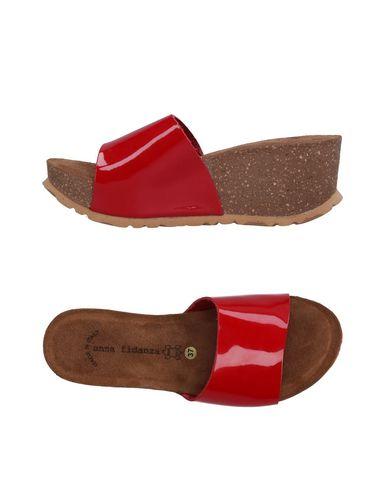 Фото - Женские сандали ANNA FIDANZA красного цвета