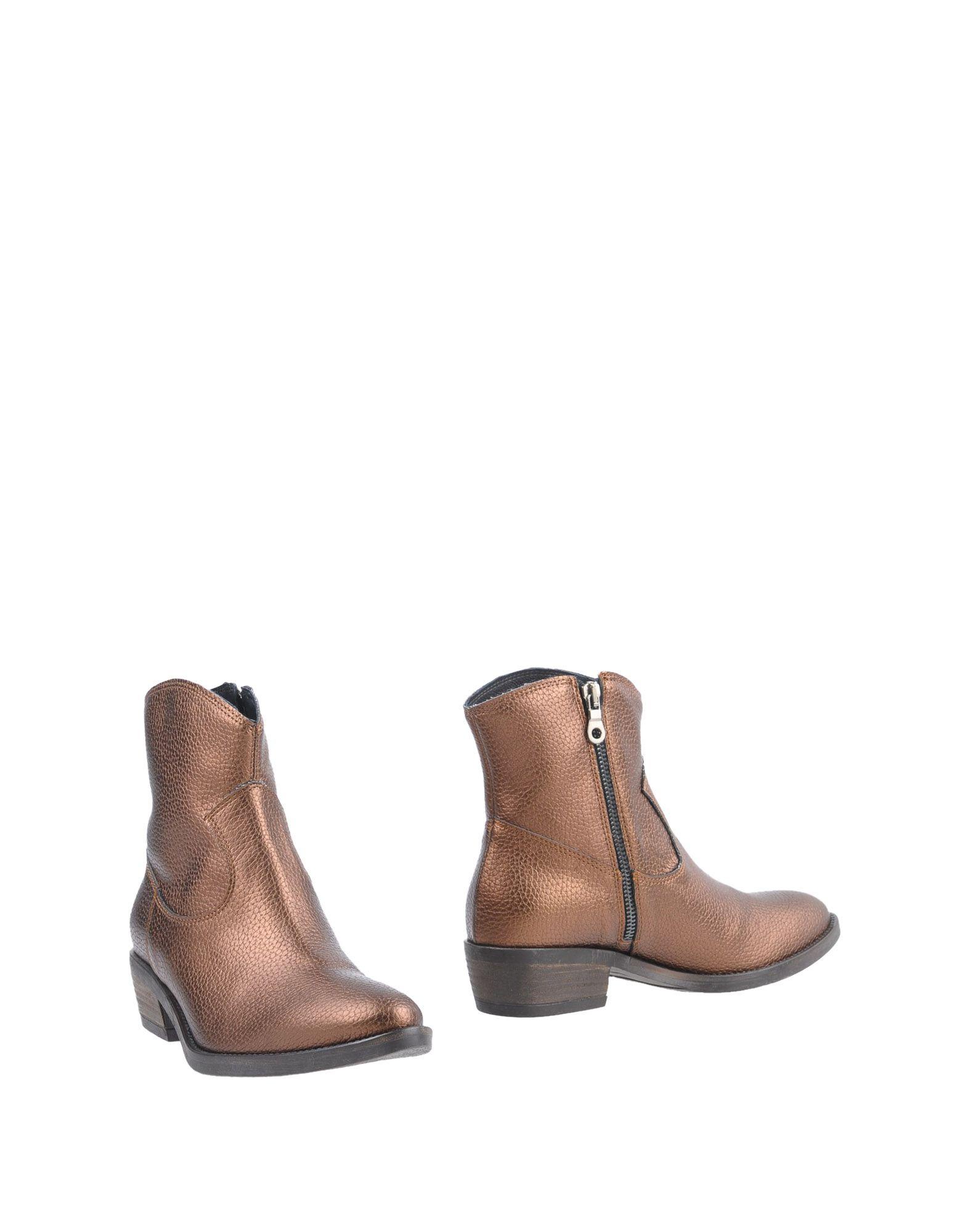 цены GIUSEPPE CONCA Полусапоги и высокие ботинки