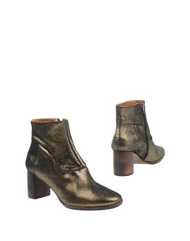 Полусапоги и высокие ботинки от ANAID KUPURI