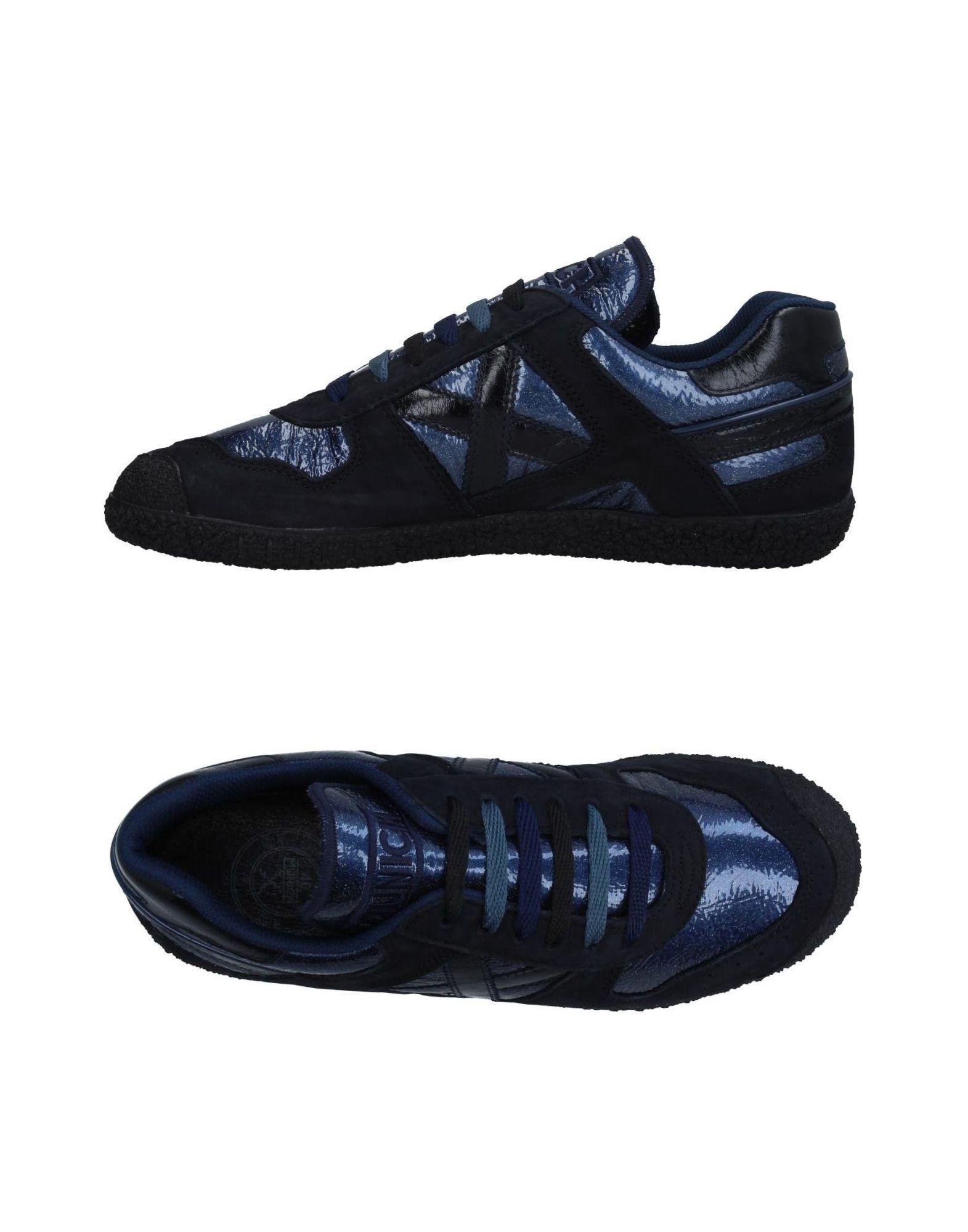 columbia низкие кеды и кроссовки MUNICH Низкие кеды и кроссовки