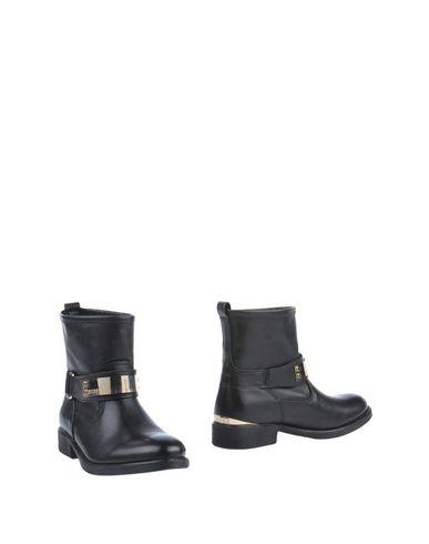 zapatillas GUESS Botines de ca?a alta mujer
