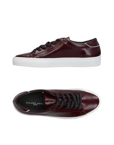 Купить Низкие кеды и кроссовки от PHILIPPE MODEL красно-коричневого цвета