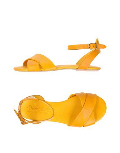 Фото - Женские сандали DONNA ITALIA желтого цвета