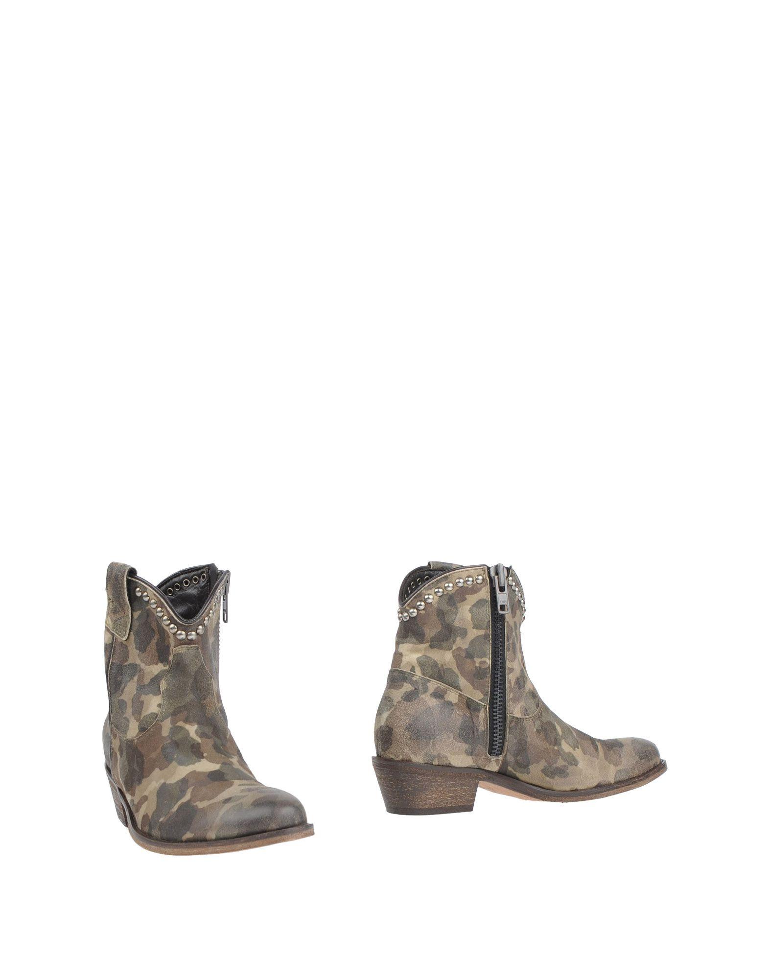 купить VIA ROMA 15 Полусапоги и высокие ботинки дешево