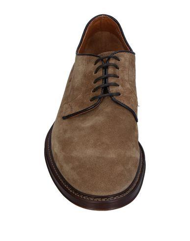 Фото 2 - Обувь на шнурках цвета хаки