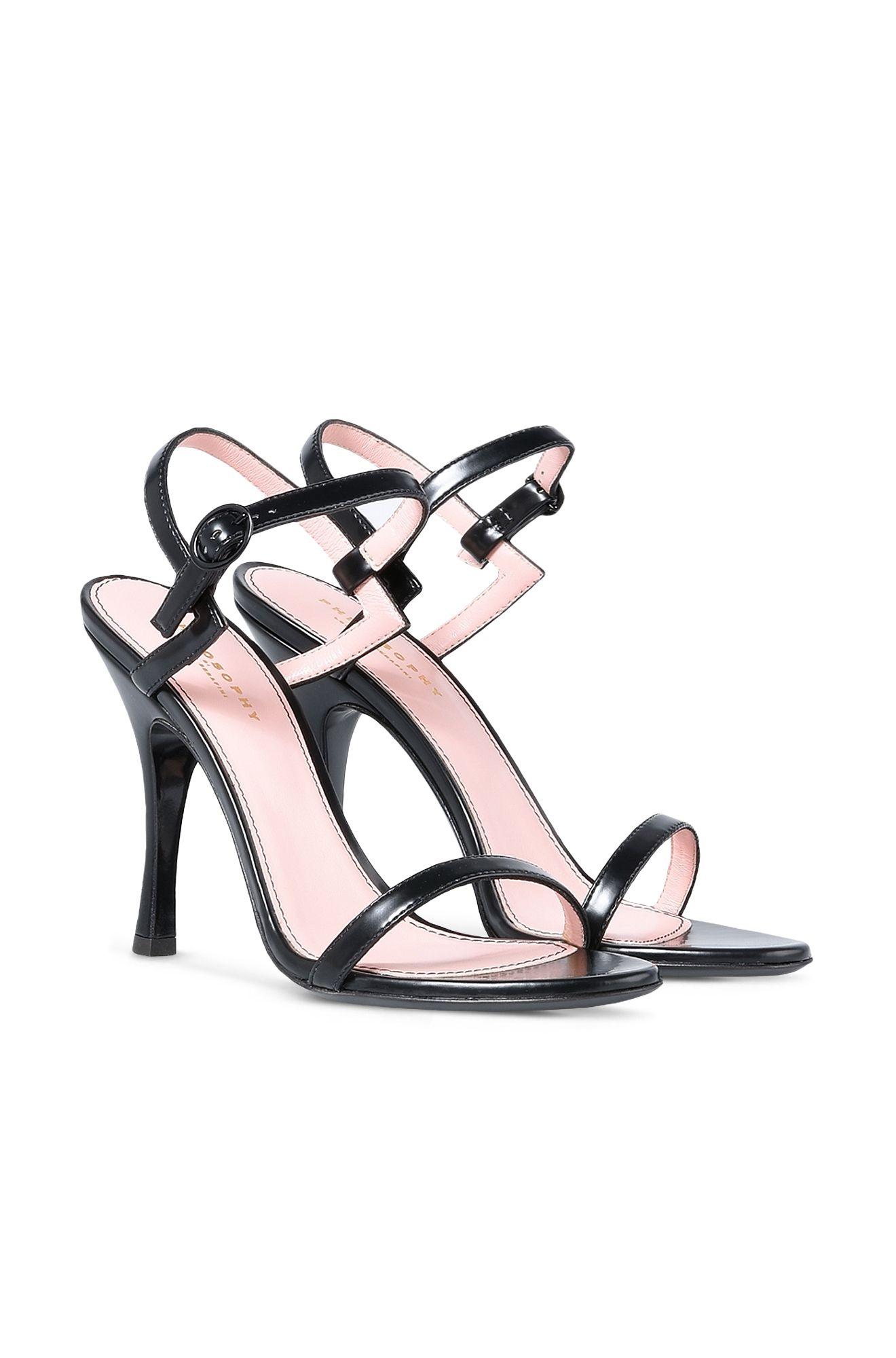 Sandalen mit geometrischem Motiv