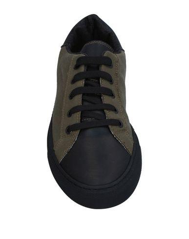 Фото 2 - Низкие кеды и кроссовки от SPRINGA цвет зеленый-милитари
