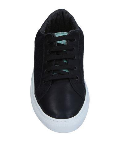 Фото 2 - Низкие кеды и кроссовки от SPRINGA черного цвета