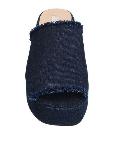 Фото 2 - Женские сандали JUCCA темно-синего цвета