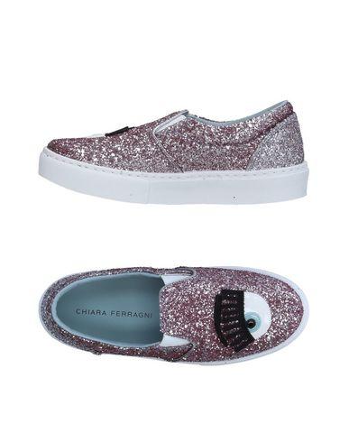 Фото - Низкие кеды и кроссовки от CHIARA FERRAGNI розового цвета