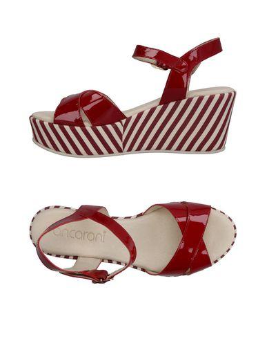 Фото - Женские сандали ANCARANI красного цвета