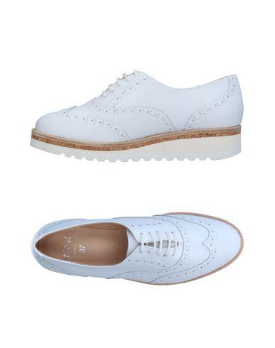 Обувь на шнурках от ANAKI