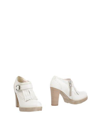 Ботинки от DIVINE FOLLIE