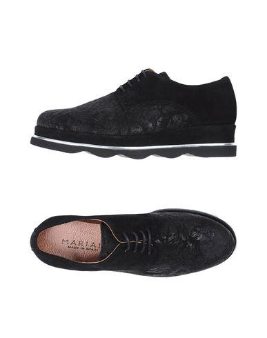 Обувь на шнурках от MARIAN