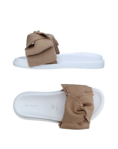 Фото - Женские сандали TIPE E TACCHI бежевого цвета