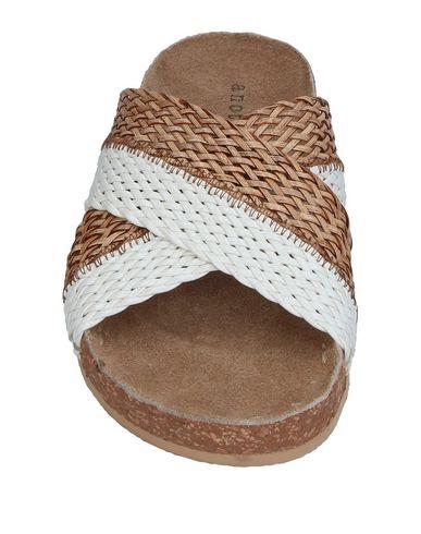 Фото 2 - Женские сандали ANOTHER PROJECT белого цвета