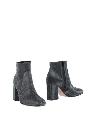 Фото - Полусапоги и высокие ботинки от LE STELLE цвет стальной серый