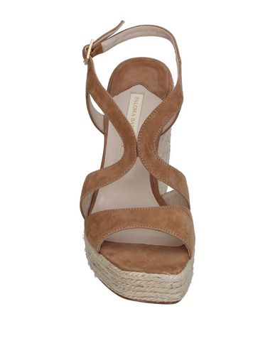 Фото 2 - Женские сандали PALOMA BARCELÓ цвета хаки