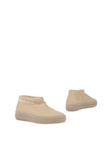 Купить Полусапоги и высокие ботинки от RUCO LINE бежевого цвета