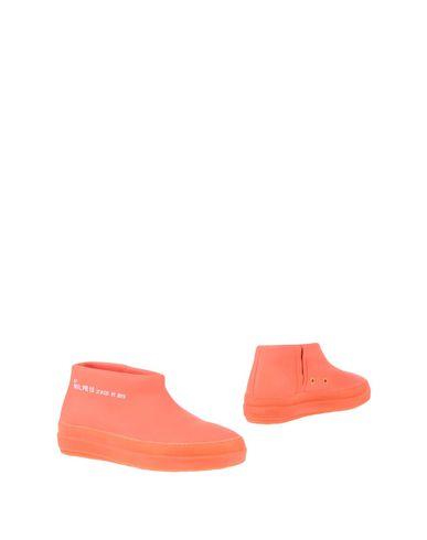 Купить Полусапоги и высокие ботинки от RUCO LINE кораллового цвета