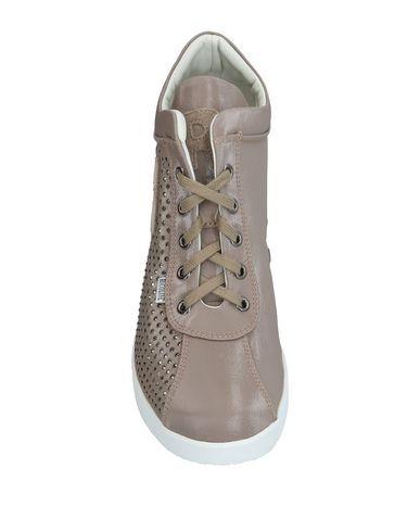 Фото 2 - Низкие кеды и кроссовки от RUCO LINE серого цвета