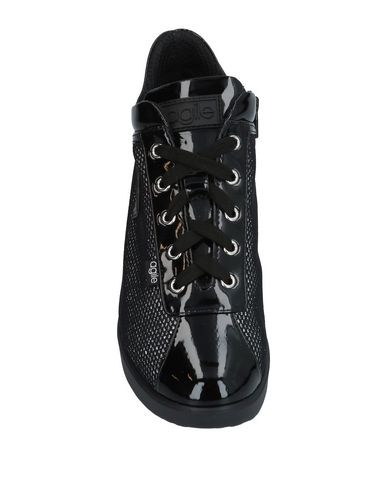 Фото 2 - Высокие кеды и кроссовки черного цвета