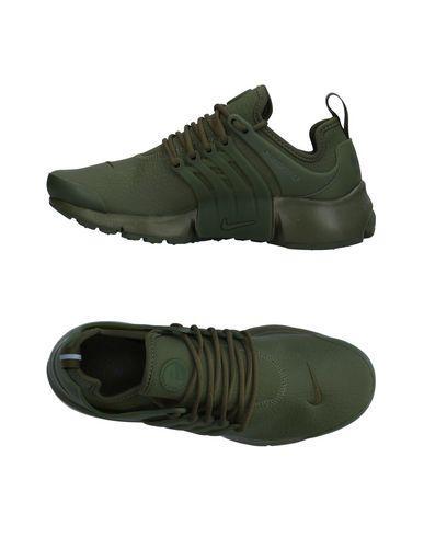 Купить Низкие кеды и кроссовки цвет зеленый-милитари