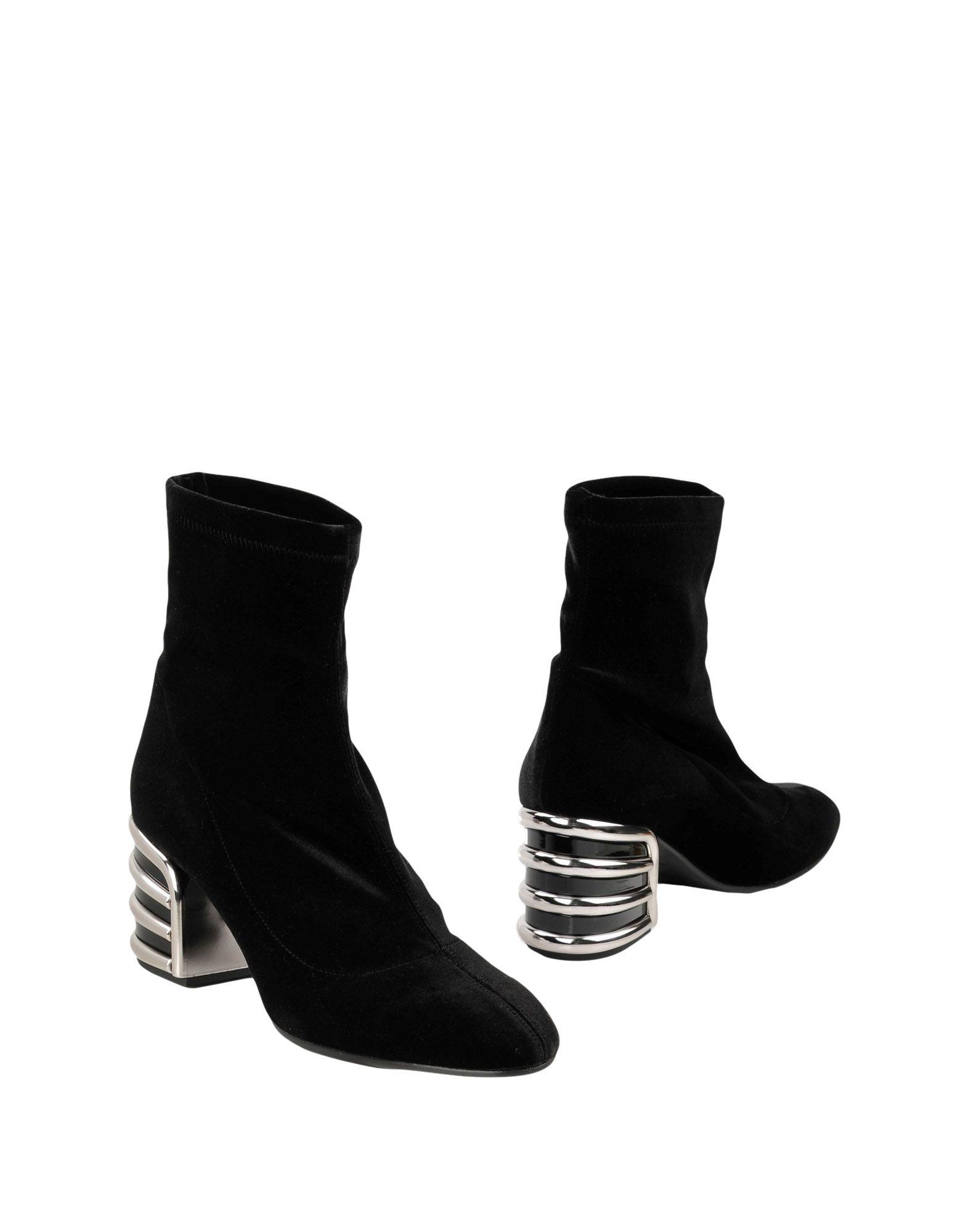 ROBERTO FESTA Полусапоги и высокие ботинки