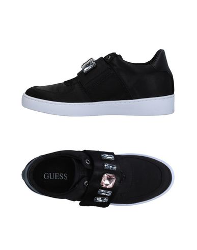 Guess sneakers tennis basses femme