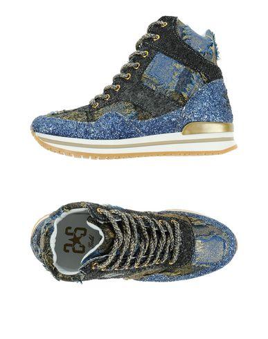 Фото - Высокие кеды и кроссовки от 2STAR свинцово-серого цвета