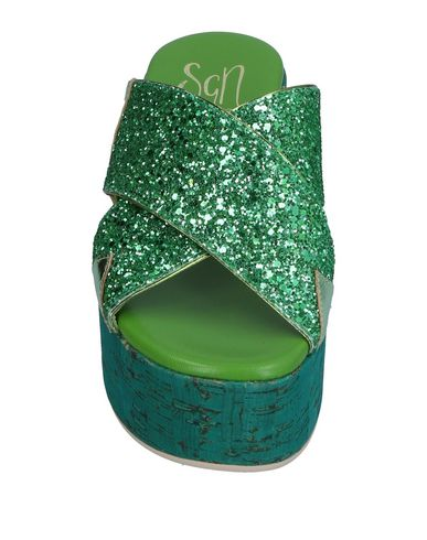 Фото 2 - Женские сандали SGN GIANCARLO PAOLI зеленого цвета