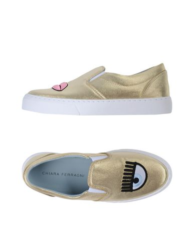 Фото - Низкие кеды и кроссовки от CHIARA FERRAGNI цвет платиновый