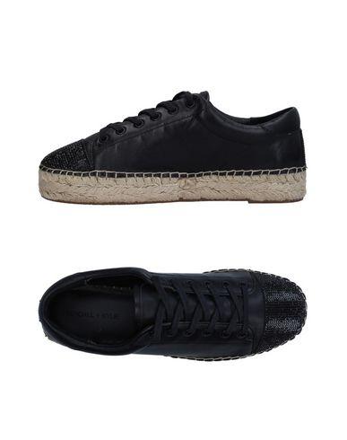 Купить Низкие кеды и кроссовки от KENDALL + KYLIE черного цвета