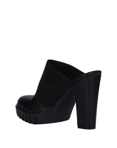Zoccoli Nero donna TSD12 Mules&Zoccoli donna moda abbigliamento - immagine 1