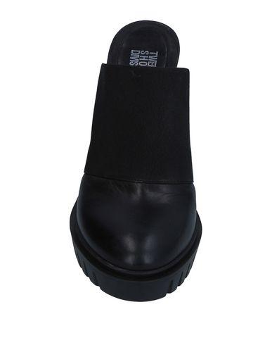 Zoccoli Nero donna TSD12 Mules&Zoccoli donna moda abbigliamento - immagine 2