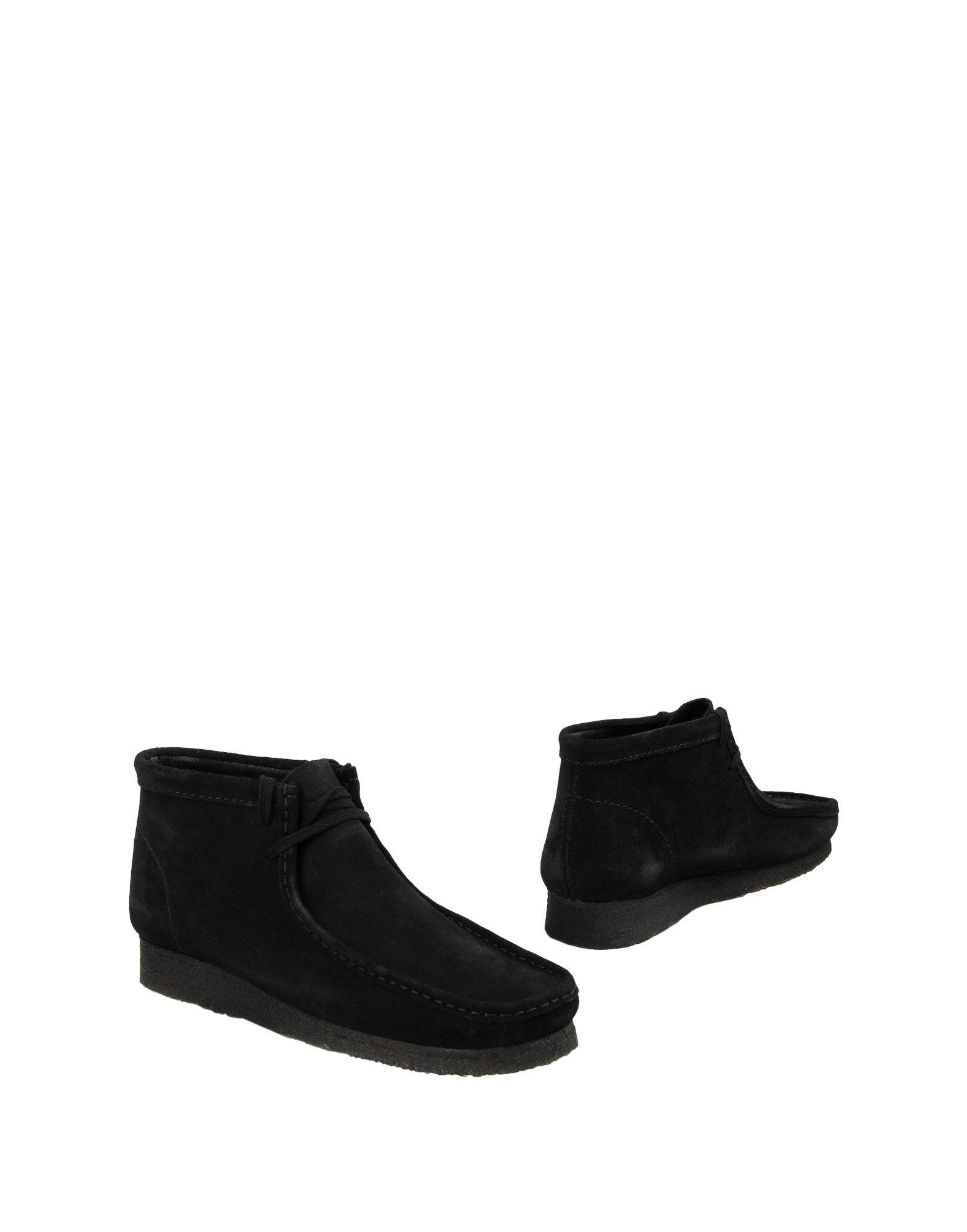 CLARKS ORIGINALS Boots in Black