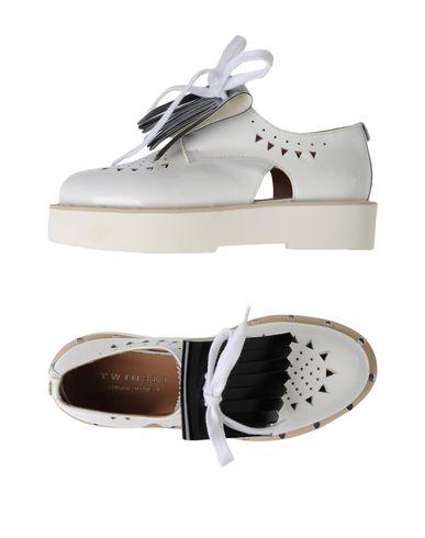 Фото - Обувь на шнурках от TWINSET белого цвета