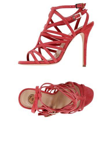Фото - Женские сандали  кораллового цвета