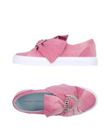 Фото - Низкие кеды и кроссовки от CHIARA FERRAGNI пастельно-розового цвета