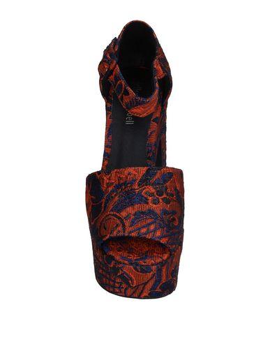 Фото 2 - Женские сандали JEFFREY CAMPBELL оранжевого цвета
