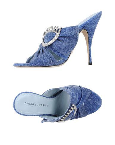 Фото - Женские сандали CHIARA FERRAGNI синего цвета