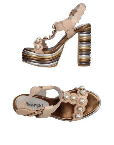 Фото - Женские сандали JEFFREY CAMPBELL бежевого цвета